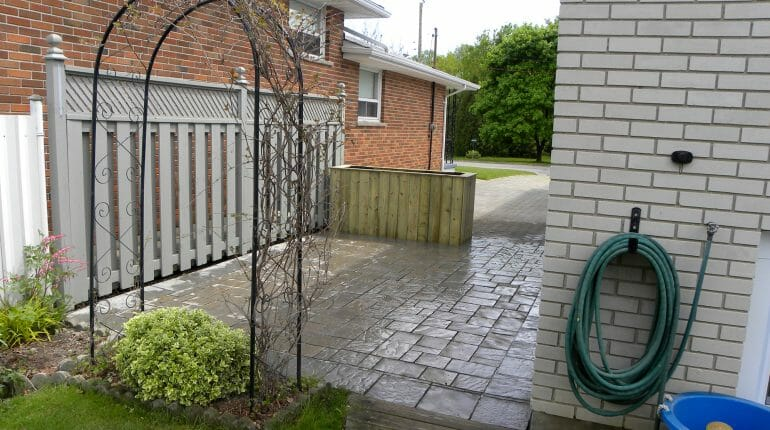 Backyard Patio - London, Ontario Landscaping & Custom Landscape Design
