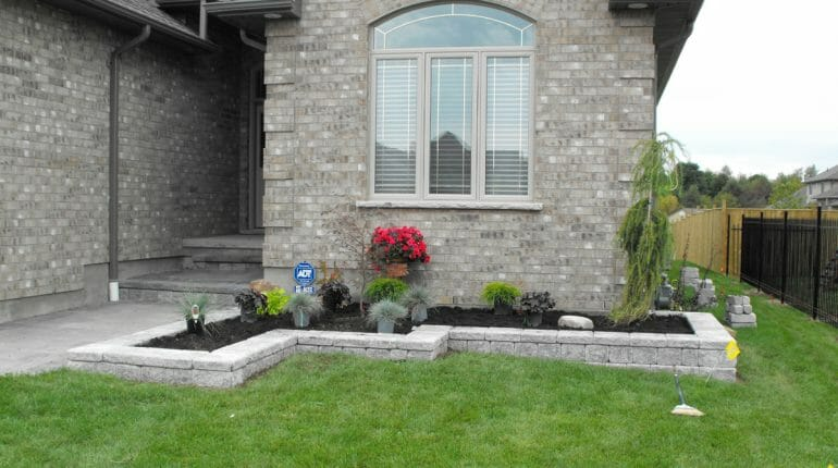 Landscaping London, Ontario - Mike Wilkins - SimpliScapes Project 12-2