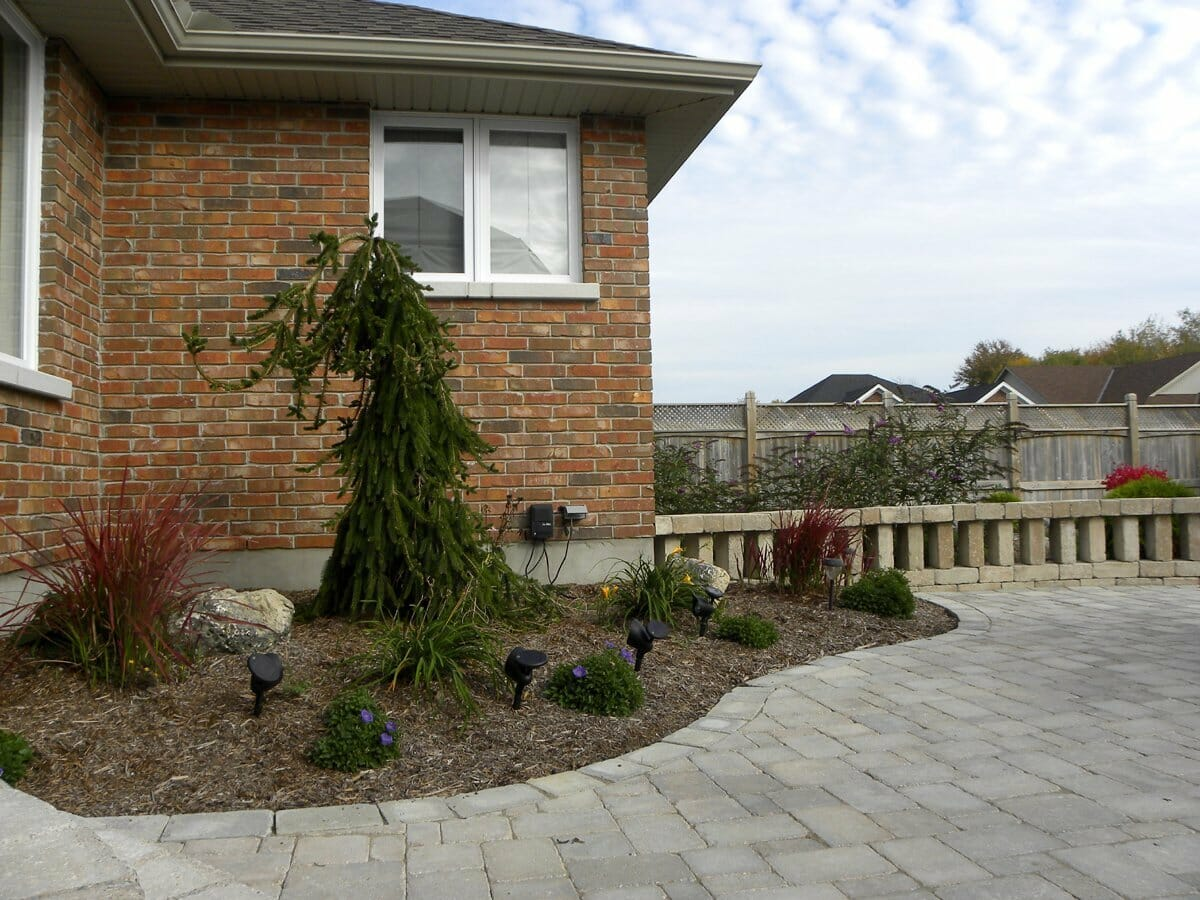 Landscaping London, Ontario - Mike Wilkins - SimpliScapes Project 18-4