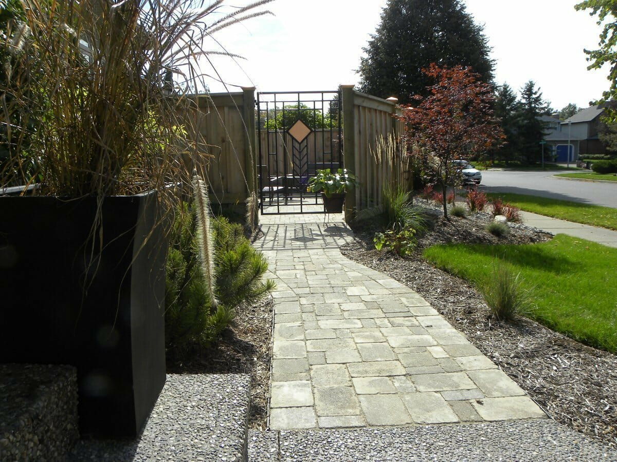 Landscaping London, Ontario - Mike Wilkins - SimpliScapes Project 19-7