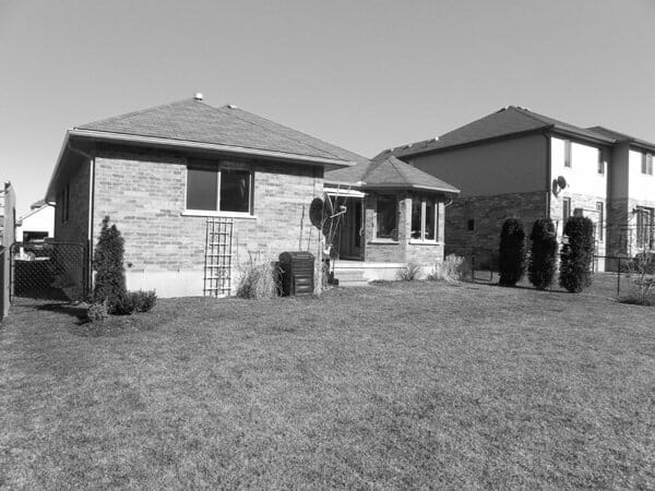 Landscaping London, Ontario - Mike Wilkins - SimpliScapes Project 5-1