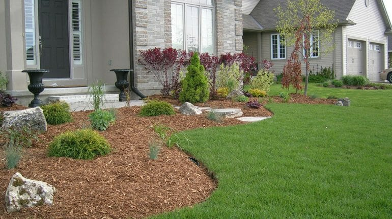 Landscaping London, Ontario - Mike Wilkins - SimpliScapes Project 8-2