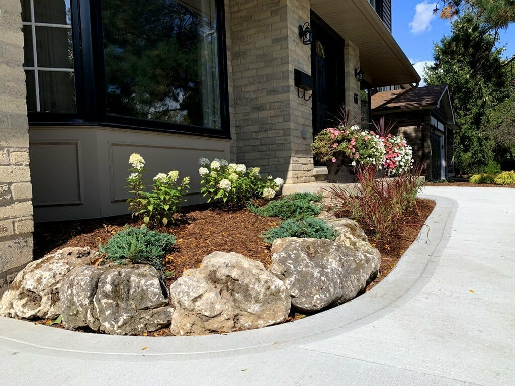 London, Ontario Landscaping - SimpliScapes Front Yard Website 2